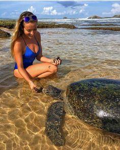 Do you like to feed turtles @Hikkaduwa beach - Sri Lanka.  http://ift.tt/2qs3yzR  Photo by - @neyu_ma  #srilankatrip #srilanka #luxembourg #holiday #vacation #colombo #saudi  #germany #kuwait #turtles #hikkaduwabeach #saudi #jeddah #dubai #arab #fashion #uae #arabian #doha  #تركيا#Hadith#النصر# الهلال# السعوديه#الاتحاد#رمضان#دعاء