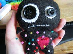 Voodoo doll pincushion.... so darn cute!  http://www.cutoutandkeep.net/projects/voodoo-doll_2