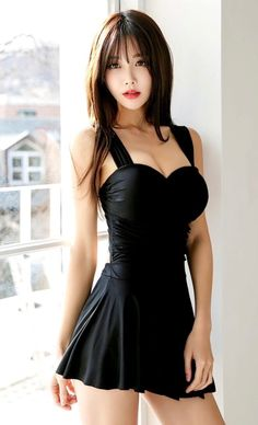 Very sexy and understated while catching your eye Ulzzang, Cute Asian Girls, Beautiful Asian Girls, Beautiful Women, Asian Ladies, Pretty Girls, Korean Beauty, Asian Beauty, Angel Kisses