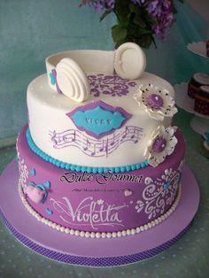 Violetta Cake - Cake by Silvia Caballero Pretty Cakes, Cute Cakes, Beautiful Cakes, Amazing Cakes, Music Themed Cakes, Music Cakes, Girly Cakes, Fancy Cakes, Violetta Torte