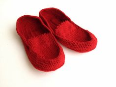 Hey, I found this really awesome Etsy listing at https://www.etsy.com/listing/216580778/women-knit-slippers-men-slippers-red