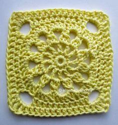 Letras e Artes da Lalá: quadradinho de crochê