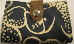 American Eagle Outfitters Fabric Clutch Wallet. #AmericanEagleOutfitters #Clutch