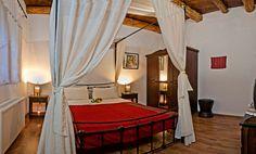 Traditional decor in bedroom http://www.villasincrete.com/index.php/Villas-Crete/1/128/mid=42,act=show,id=280