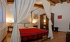 Traditional decor in bedroom http://www.villasincrete.com/index.php/Villas-Crete/1/128/mid=42,act=show,id=280