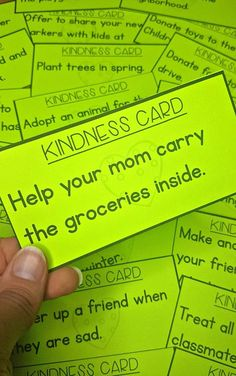 6 ideas for teaching kindness in the classroom. Encourage kindness through setting goals, random acts of kindness challenge, book ideas, and lesson suggestions. Great idea to encourage kindness in the campaign Kindness For Kids, Teaching Kindness, Kindness Activities, Learning Activities, Random Acts Of Kindness Ideas For School, Leadership Activities, Educational Activities, Kindness Notes, Religion Activities