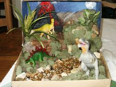 Hunter's dino diorama from grade now to make something like this for Taytay Volcano Projects, Dinosaur Projects, Dinosaur Crafts, Animal Projects, 2nd Grade Activities, Childcare Activities, Preschool Activities, Shoe Box Diorama, Diorama Kids