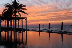 Meine Lieben, ich melde mich zurück. Ich hoffe, ihr konntet all meine Updates fleißig auf Instagram oder Snapchat verfolgen. Denn, holy moly, das war eine verrückte Woche. Vier unterschiedliche Ziele in 7 Tagen, verrückt. Angefangen mit Grasse und Chanel (wirklich unvergesslich & dazu bald mehr), über Mallorca mit Cover PR und zum Relaxen anschließend Ibiza…