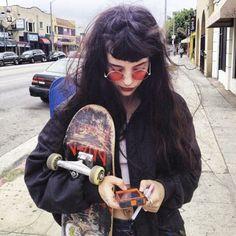 7 Neat Cool Ideas: Urban Fashion Dress Shirts urban wear for men hats.Urban Fashion Chic Shoes urban wear for men hats. Grunge Goth, Grunge Style, Soft Grunge Hair, Grunge Hippie, Punk Goth, Goth Style, Estilo Indie, Estilo Grunge, Fashion Kids