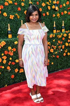 """Mindy Kaling Reveals Why She's""""Creatively Inspired"""" by <em>The Mindy Project</em>'s Move to Hulu"""