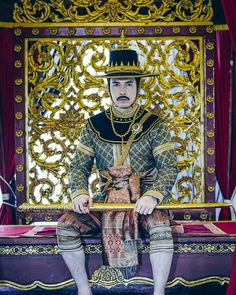 Traditional Thai Clothing, Traditional Dresses, Thai Dress, Entertainment, Asian, Mens Fashion, Fictional Characters, Clothes, Moda Masculina