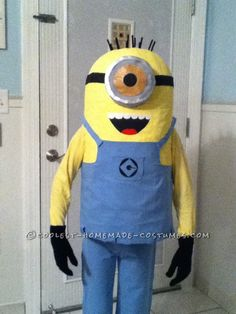 Coolest Homemade Minion Costume for a Boy... This website is the Pinterest of costumes