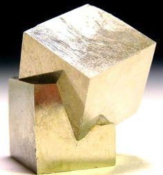 Pyrite cubes   Mineral Friends <3