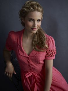 http://www.blogwaggon.com/wp-content/gallery/dianna_agron/dianna_agron01.jpg