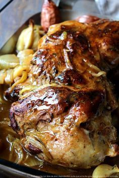 Lamb shoulder confit in the oven, simmered in its sweet spice juice - Recettes - Chicken recipes healthy Lamb Recipes, Healthy Chicken Recipes, Meat Recipes, Cooking Recipes, Healthy Dishes, Sweet Spice, French Dishes, Chia, Rotisserie Chicken