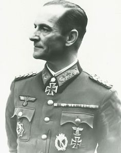 General der Infanterie Erich Abraham (1895-1971) -- RKE Kdr 76.InfDiv Field Marshal, Evil Empire, Ww2 Photos, German Army, World War Ii, Wwii, Germany, Faces, History