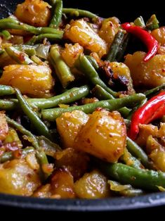 Sri Lankan spicy potato, green bean stir-fry- spicy, budget-friendly, vegan, vegetarian side-dish you can prepare to accompany any meal. Vegetarian Side Dishes, Vegetable Side Dishes, Vegetarian Recipes, Vegan Vegetarian, Vegan Bean Recipes, Vegetarian Meals For Kids, Indian Vegetable Side Dish, Indian Side Dishes, Green Bean Recipes
