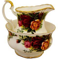 """Royal Albert Old Country Roses """"Set of Coffee Cream Jug & Sugar Bowl"""" made in uk"""