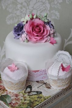 Vintage cakes  Cake by Gilly B Cakery