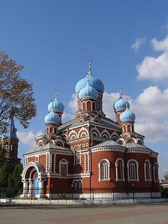 Wow! The architecture of this Easter European country, Belarus is breathtaking!
