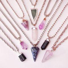 Los 20 collares de piedras más trendy del momento