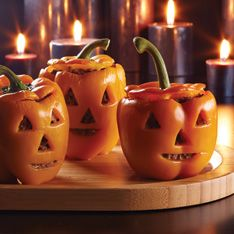 How adorable would this be at an adult Halloween party! Many other ideas at this site for Halloween!