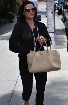 Celebrity Style and Fashion Gucci Handbags Outlet, Discount Designer Handbags, Wholesale Designer Handbags, Cheap Handbags, Handbags Online, Chanel Handbags, Kyle Richards, Cheap Gucci, Chanel Tote