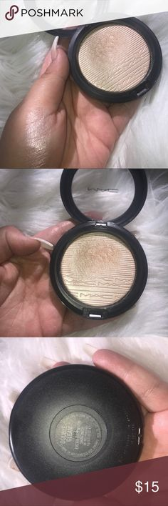 Mac extra dimension highlighter In Double Gleam. Great condition. MAC Cosmetics Makeup