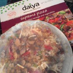 Daiya Foods: Daiya Deliciously Dairy Free Pizzas #Review #DaiyaPizzas: http://wp.me/p2B5Rd-1qh #MomsMeet