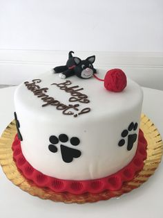Sugar paste cat cake for girls Bday Cakes For Girls, Birthday Cake For Cat, Girl Cakes, Birthday Cakes, Cat Hat, Sugar Paste, Mocca, Crockpot Recipes, Cats