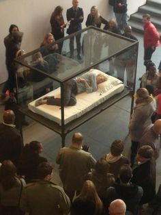 Tilda Swinton Is Sleeping In A Glass Box At A Museum Right Now