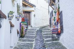7 of the Most Beautiful Villages in Andalucía, Spain - Migrating Miss 7 of the Most Beautiful Villages in Andalucía, Spain. Best villages to visit in Spain, most picturesque villages in Spain. Spain Travel Guide, Europe Travel Tips, European Travel, Italy Travel, Croatia Travel, Cool Places To Visit, Places To Travel, Andalucia Spain, Mijas Spain