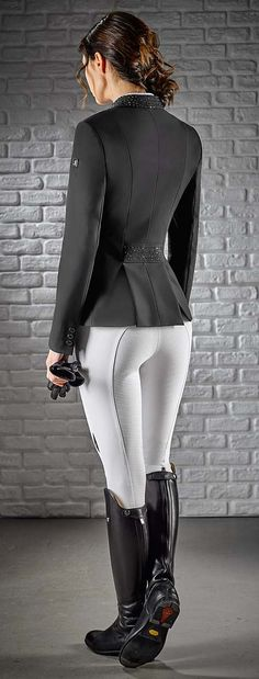 Equiline Ladies Show Jacket Gioia is the latest Equiline competition jacket for ladies. Available in Black, Blue and Grey. I love the detail at the collar and waist.