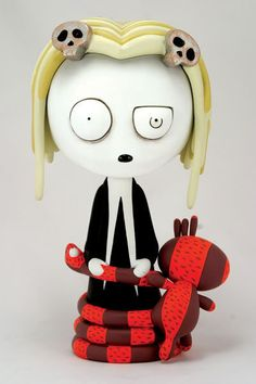 My own reflection: Lenore || The Cute Little Dead Girl
