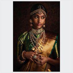 Bridal Makeup Looks, Indian Bridal Makeup, Desi Wedding, Saree Wedding, Wedding Stuff, Wedding Dress, Makeup Trends, Indian Wedding Planner, Indian Aesthetic