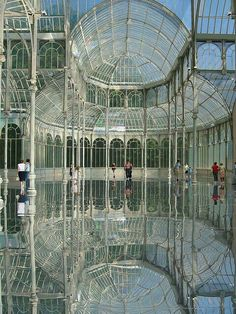 Must See - Crystal Palace, Madrid, Spain Places Around The World, Oh The Places You'll Go, Places To Travel, Places To Visit, Around The Worlds, Travel Destinations, Beautiful Architecture, Beautiful Buildings, Beautiful Places
