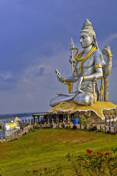 Shiva in deep peaceful funk, Goa India Goa Inde, Nova Deli, Religion, Beau Site, Amazing India, Karnataka, Lord Shiva, India Travel, Monuments