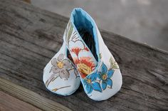 kimono booties by Maker Mama - how cute are these made from upcycled bed sheet