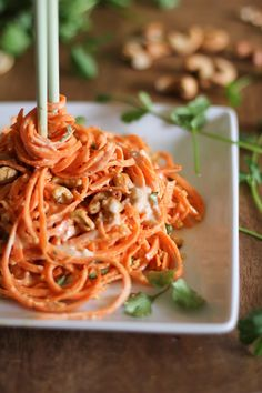 Raw Carrot Pasta with Ginger-Lime Peanut Sauce - good idea but need a finer spiralizer