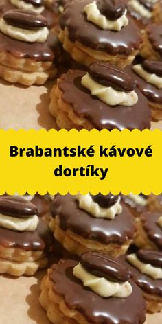 Brabantské kávové dortíky Christmas Sweets, Christmas Baking, Christmas Cookies, Czech Recipes, Cookie Desserts, Kitchen Recipes, Sweet Tooth, Bakery, Food And Drink