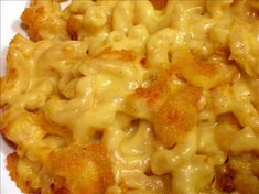 Fannie Farmer's Classic Baked Macaroni and Cheese. #recipes This Mac & Cheese gets rave reviews!