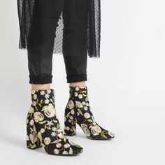 Let your feet bloom into this season with these embroidered ankle boots. Featuring rounded toe, chunky block heel and all over stitched floral design. We're styling ours with contrast cut denim and knitwear and oversized smock dresses for season transition.   Heel Height: 3.5\