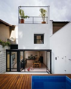 Narrow House Designs, Small House Design, Modern House Design, Architecture Design, Architecture Renovation, Future House, Facade House, Minimalist Home, House Plans