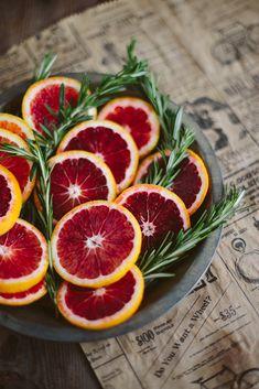 LIZ MORROW | Delightfully Tacky: blood orange rosemary gin cocktail