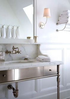 5 modern classic bathroom ideas for a functional, timeless bathroom design that never goes out of style.