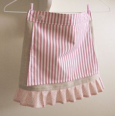 the Red and White candy shop half-apron for girls by nanaCompany, Fete Ideas, Cute Aprons, Sewing Aprons, Half Apron, Le Chef, Candy Shop, Cute Skirts, Washing Clothes, Red And White