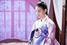 Oh Yeon-seo as Princess Hyemyoung in the drama My Sassy Girl Korean Hanbok, Korean Dress, Korean Traditional Dress, Traditional Dresses, Oh Yeon Seo, My Sassy Girl, Korean Wave, Korean Style, Beautiful Costumes