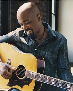 Darius Rucker. Wagon wheel:)
