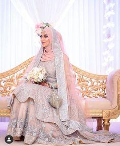 Hijabi Wedding, Muslimah Wedding Dress, Asian Wedding Dress, Muslim Wedding Dresses, Hijab Bride, Wedding Dresses For Girls, Indian Wedding Outfits, Bridal Outfits, Bengali Wedding