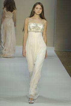 Collette Dinnigan Spring 2008 Ready-to-Wear Fashion Show - Feodora Jatskiv